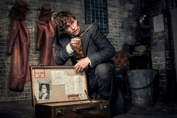Fantastic Beasts: The Crimes of Grindelwald laris manis
