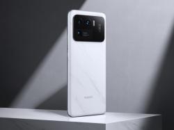 Smartphone Xiaomi dengan nomor model M2102K1G muncul di GeekBench